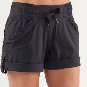Lululemon Play In The Sun Shorts Black 4